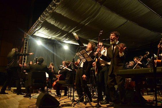 Orquestra e banda compartilham empolgação em tocar clássicos dos Beatles