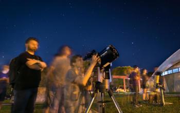 Planetário da UFSM realiza evento para observar o céu à noite