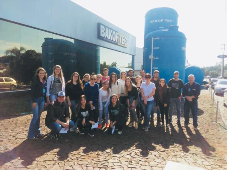 Bakof Tec - Visita vinculada a disciplina de Tratamento de Águas Residuárias