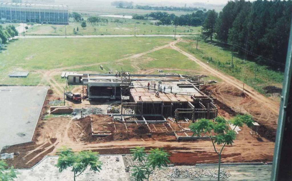 CPD sendo construido em 1993