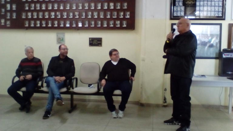 Prof. Milvo Prevedello relembra as dificuldades enfrentadas e as conquistas dos pioneiros