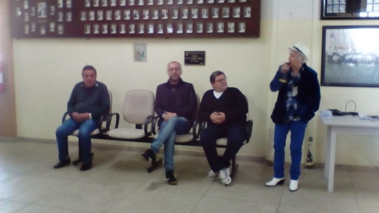 Luci Duartes falou em nome de seus colegas da Turma de 1984