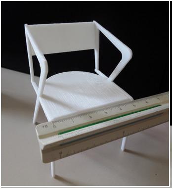 A cadeira impressa em escala