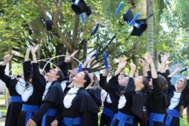 Formandos do Curso de Engenharia Florestal do CESNORS da UFSM.