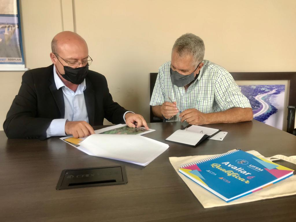 Prof. Braulio com o Superintendente do DNIT, Pedro Luzardo Gomes