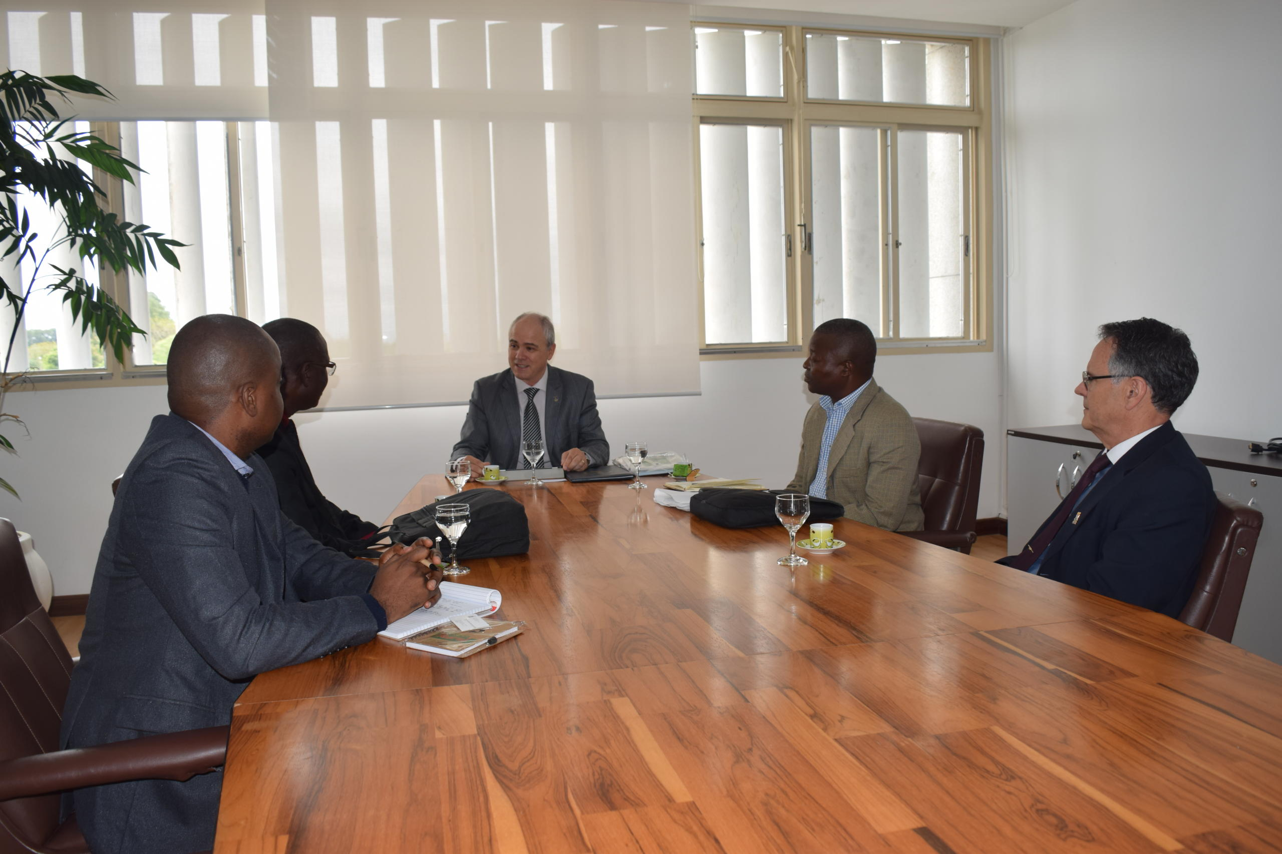 12 09 2017 Assinatura acordo Unizambeze Mirian Quadros 5