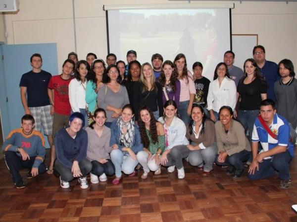 600x450-crop-90-images_fotos_eventossociais_recepo_calouros_2011_3