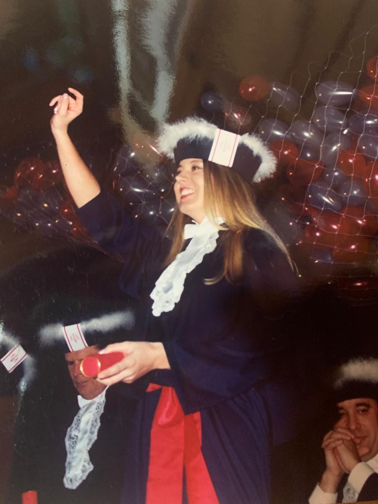 Professora Patrícia Strauss em sua formatura
